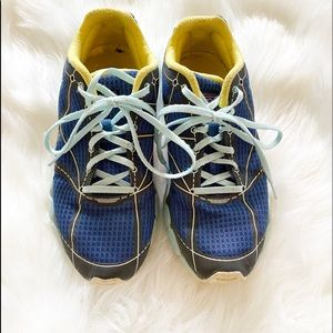 Patagonia Blue Grass Performance Sneakers Size 6